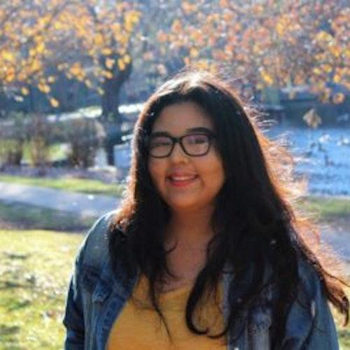 Foto de perto de Abigail Estrada, consultora adolescente da classe 2018-2019