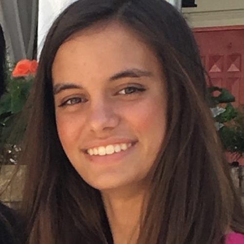 Foto do rosto de Alessandra Mitchell, consultora adolescente da classe 2018-2019