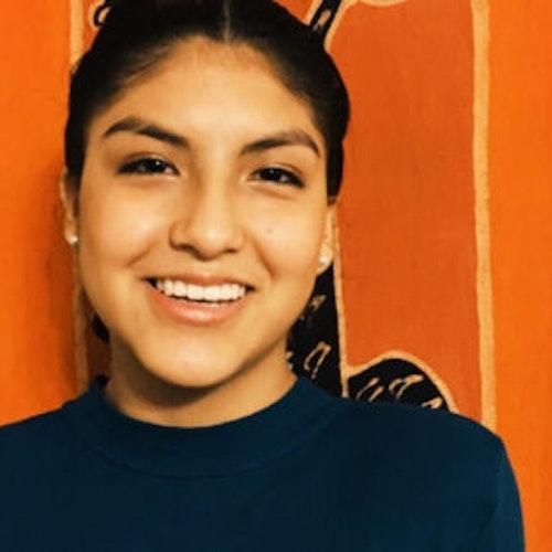 Foto do rosto de Alissa Flores, consultora adolescente de 2017-2018