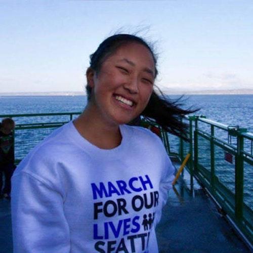 Eugenie Park, foto de meio-corpo das consultoras adolescentes de 2018-2019