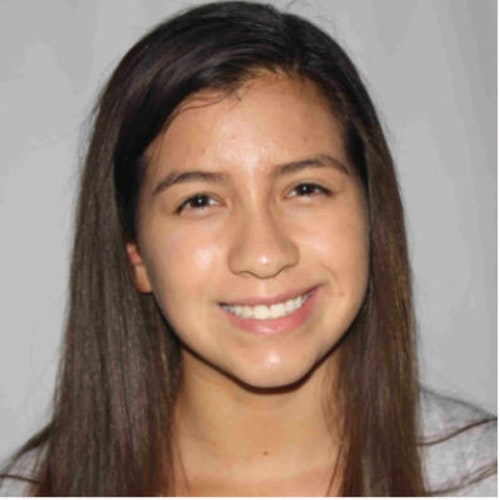 Foto do rosto de Laura Solano-Florez, consultora adolescente de 2018-2019