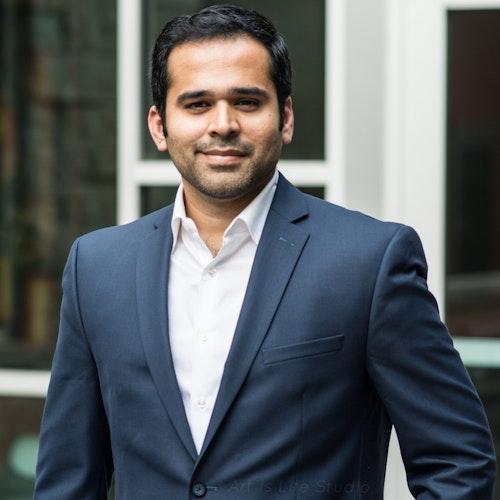 Mohammed Farshori, Conselho Consultivo (foto de perto)